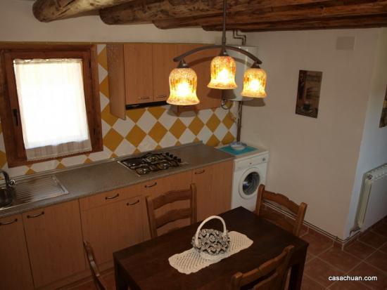 Borda amarilla-cocina